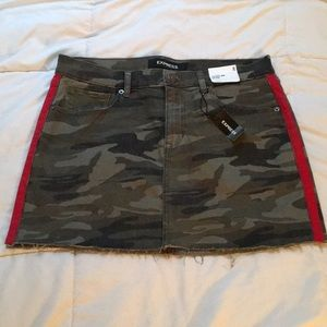 Express Camo Mini Skirt